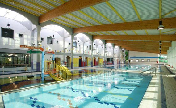 indoor swimming pool at courtown leisure centre